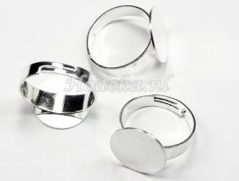 OVR06 1x ring voor om je vinger 17mm 14x14mm zilver kleur