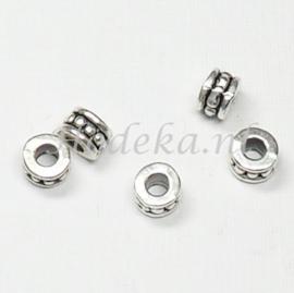 MTL59   10 x metalen kraal  4 x 6 mm Antiek Zilver