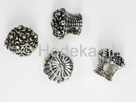 PDM17 1 x pandora style metalen kraal Mand met Bloemen