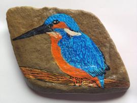 HPS12 Hand painted Happy stone by Hodeka.nl ijsvogel