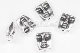 MTL45   2 x metalen kraal Gezicht 12x10mm Antiek Zilver