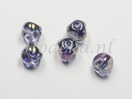 GKO17   10 x Gedeukte glaskraal Paars  ca. 7 x 7 mm