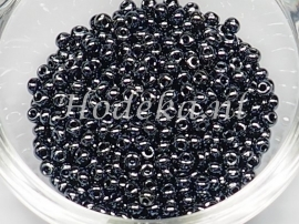 CRP08/48a  50 gram Preciosa Rocailles 8/0 Antraciet