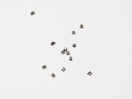 BHK04   80 x knijpkraal staafmodel Antiek Zilver 2mm