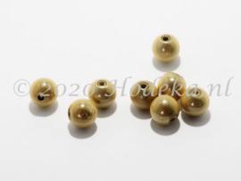 MIR10/24  8 X miracle beads  Ecru 10mm