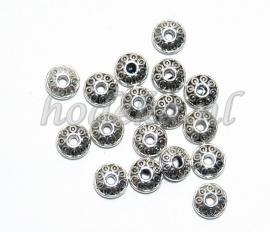 MTL27   15 x metalen basis kraal  Rondel  6 x 3 mm Antiek Zilver