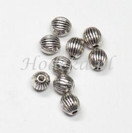 MTL62   15 x metalen kraal  5 mm Antiek Zilver