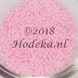 CRP11/70  12 gram Preciosa Rocailles 11/0 Licht roze met licht roze kern