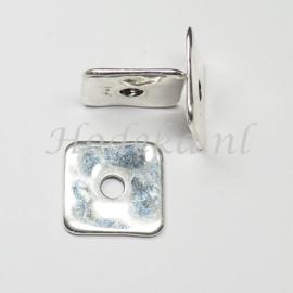 MTL60  2 x metalen kraal Spacer Vierkant 3 x 23mm Zilver