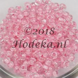 CRP06/54a  50 gram Preciosa Rocailles 6/0   Transparant roze kern