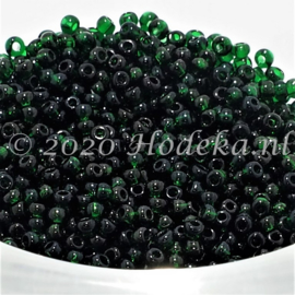 Opruiming van de CRP12/01  12 gram Preciosa Rocailles 12/0 Donker groen Transparant