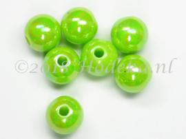 ACP08/36   20 x acryl kraal rond 8mm  Lime groen met parelmoer glans