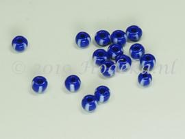 Opruiming van de CRP04/02a  50 gram Preciosa Rocailles 4/0 Donker Blauw  en Wit