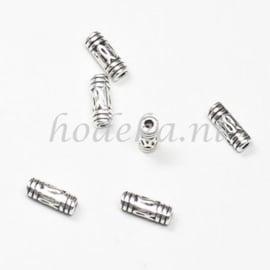 MTL75   12 x metalen kraal  8 x 3 mm Zilver