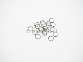 BHR13  50 ringetjes 6mm  antiek zilver kleur
