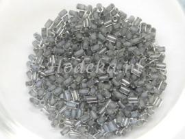 Opruiming van de CZT06a  Rocailles staafje 50 gr. Transparant Grijze kern ca. 2 mm