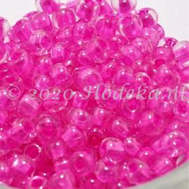CRP06/66a  50 gram Preciosa Rocailles 6/0 Transparant roze kern