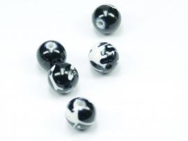 ACP10/05   10 x Acryl kraal 10mm Zwart/Wit