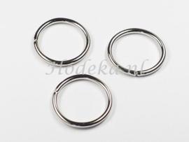 BHR36  10  Ringetjes 20x2mm Antiek Zilver