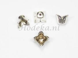 BKK43  4 x  Grote metalen eindkap 9x10mm Antiek zilver