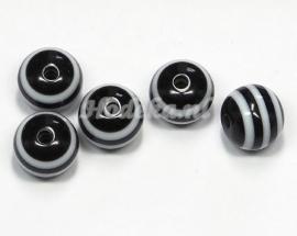 ACP10/25   8 x Acryl kraal Zwart en Witte strepen 9 x 10 mm