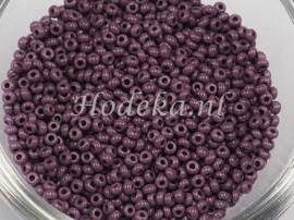 CRP10/57a  50 gram Preciosa Rocailles 10/0 Paars/Bruin