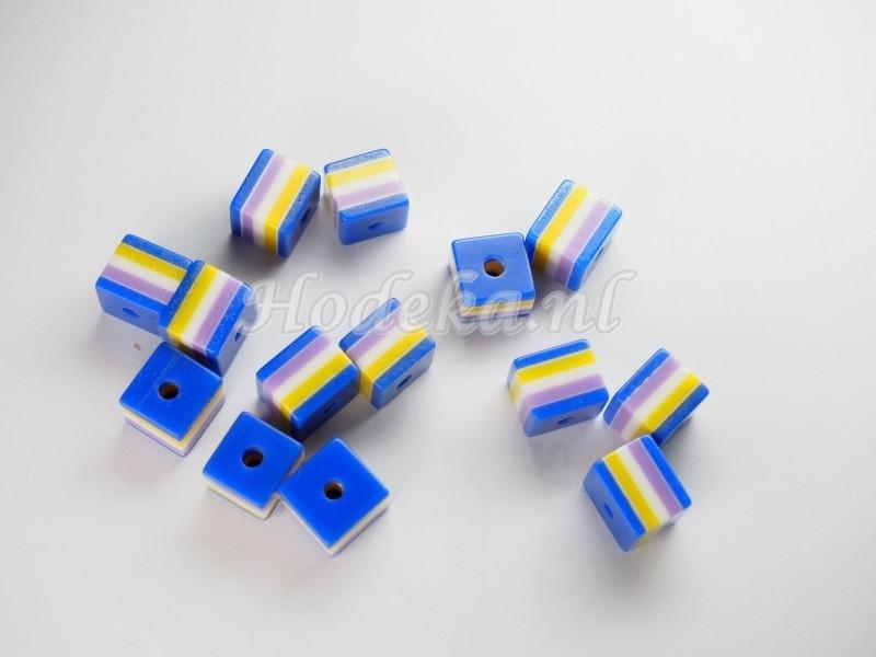 Opruiming van de AVK12  10 x  acrylkraal Blauw,Geel,Paars en Wit 8mm
