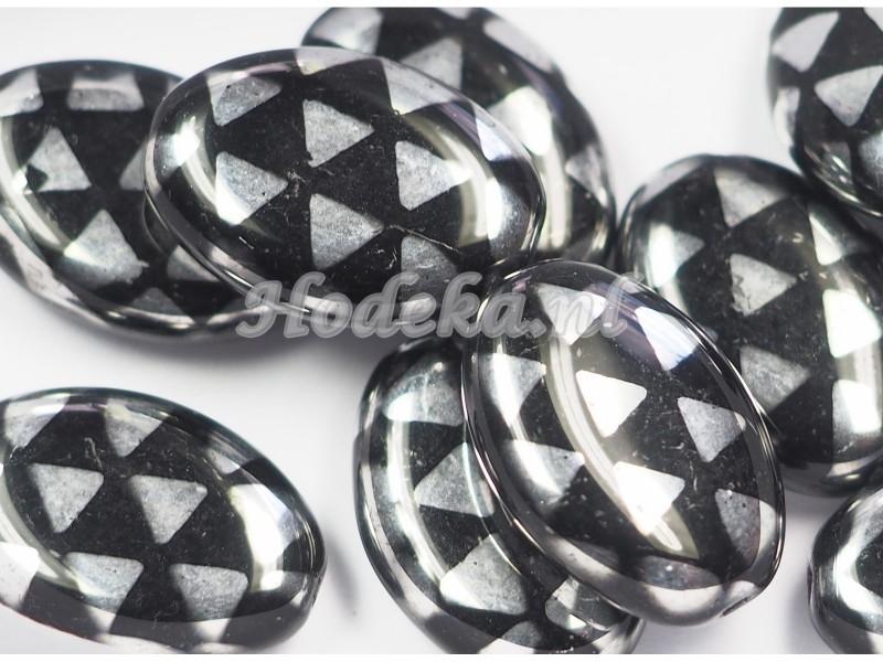 CZO11a   10 x Tsjechische Glaskraal Ovaal 16 x 11mm Zwart / Zilver