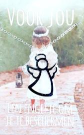 Een engeltje om je te beschermen + engeltje aan een kettinkje