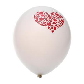 Ballonnen met kleine hartjes in hartvorm