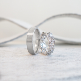 garland wedding rings