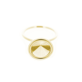 """upside down"" ring with lemon quartz"