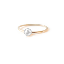 stacker yellow gold pearl