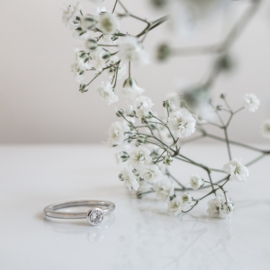 diamond cup wedding ring