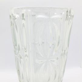 vintage glazen vaas met reliëf