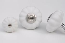 Knop bloem - mat wit