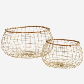 Madam Stoltz draadmand met bamboe rand - M