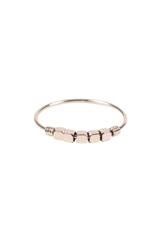 Zusss ring met kraaltjes - goud