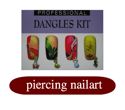piercing nailart nagels.jpg