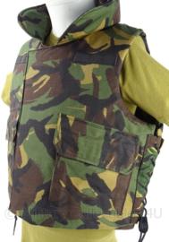 KL Landmacht DPM camo scherfwerend vest - met platen - made in the usa - maat L - Zeldzaam - origineel