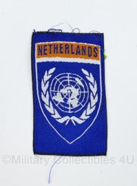 Defensie VN UN Netherlands  embleem ongevouwen - 8,5 x 5 cm - origineel