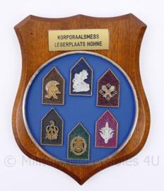 Defensie wandbord Korporaalmess legerplaats Hohne - 17,5 x 14 x 1,5 cm - nieuw - origineel