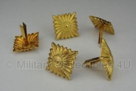 Schouderstukken sterren - goud - extra groot 17x17 mm voor generaals etc.