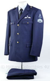 Klu luchtmacht huidig model DT uniform jas met broek - nieuw -  sergeant der 1ste klasse - maat 52 - origineel