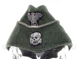 Duits replica Feldgrau Waffen SS officiers schuitje MET zilveren bies en insignes - meerdere maten