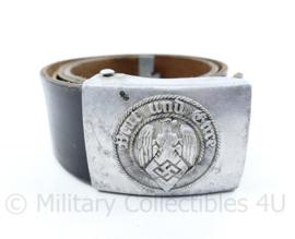 Wo2 Duits Aluminium HitlerJugend koppelslot met koppel - slot RZM M4 38 stempel -84 x 4,5 cm - origineel