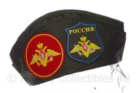 Russisch leger veteranen schuitje met originele insignes - groen - maat 58 - origineel