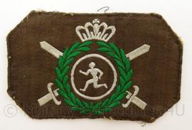 KL Landmacht LO Lichamelijke Opvoeding embleem - sport - afmeting 6 x 10 cm - origineel