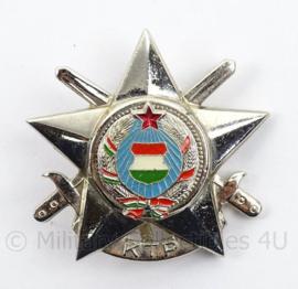 Hongaarse insigne KTP - afmeting 4 x 4 cm - origineel