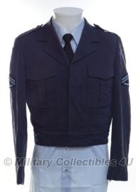 KLU Luchtmacht IKE jas blauw 1976 - Korporaal der 1ste klasse - maat 47 3/4 - origineel